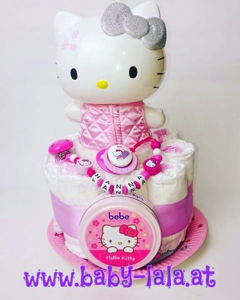 Windeltorte Hello Kitty Limited Winter Edition